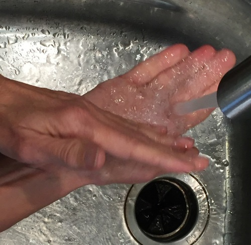 Handwashing with salt 3